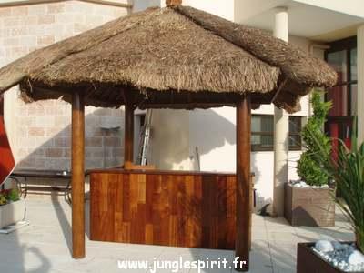 Jungle spirit gazebos paillotes meubles et d coration d 39 ext rieur et - Bar en teck exterieur ...