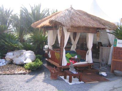 Jungle spirit gazebos paillotes meubles et d coration for Meuble balinais